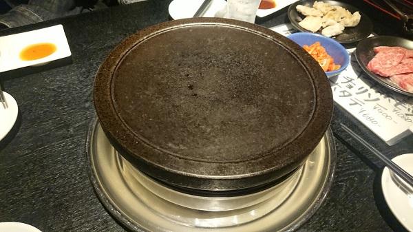 ただの焼肉屋じゃない⁉『富士山溶岩焼』を食べてきた【焼肉ホルモンKAWANO】