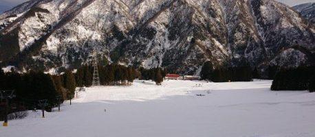温泉街からわずか5分!宇奈月温泉スキー場に行ってみた